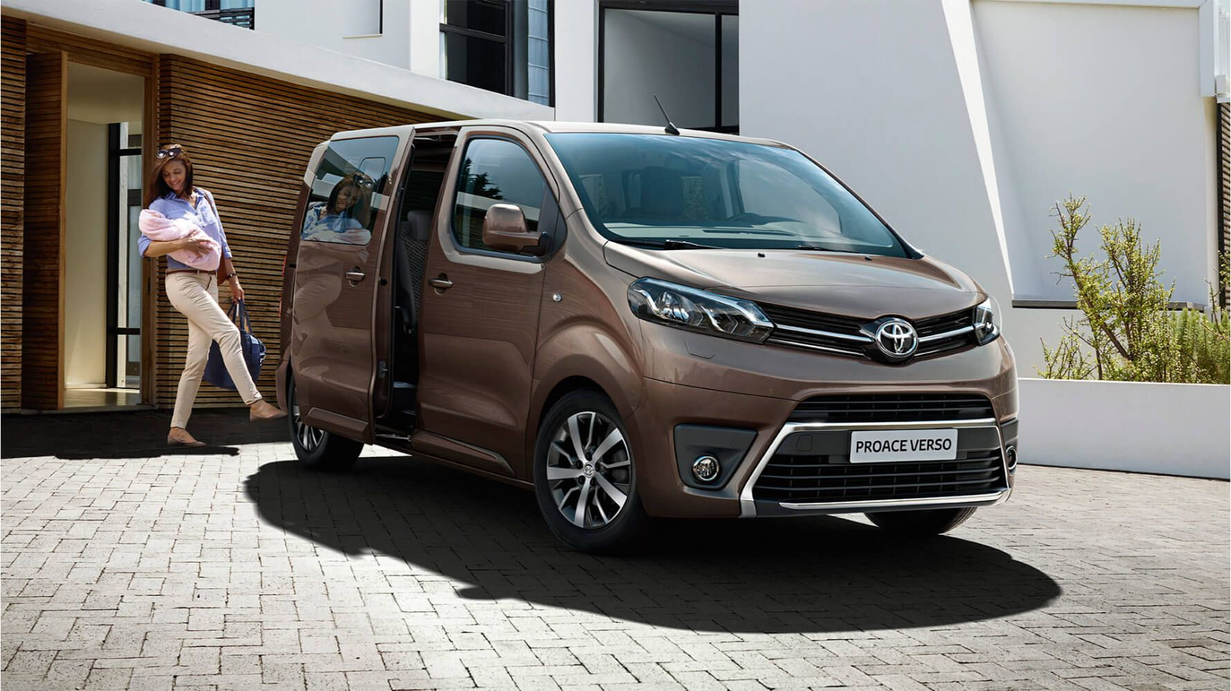 toyota_proace_verso_2019_gallery_003_full_tcm_3046_1703763